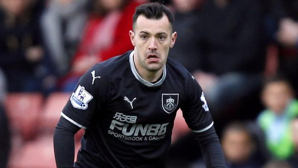 Ross Wallace is to leave Burnley at the end of the season