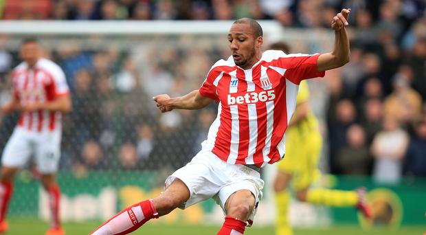 Stoke remain hopeful of getting Steven Nzonzi to extend his contract