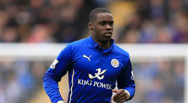 Jeffrey Schlupp has signed a new contract at Leicester despite interest from elsewhere