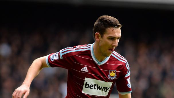 West Ham midfielder Stewart Downing is close to completing a move back to Middlesbrough
