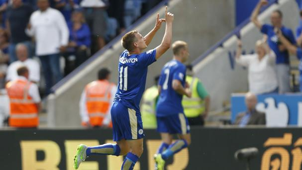 Marc Albrighton celebrates scoring Leicester's fourth goal against Sunderland
