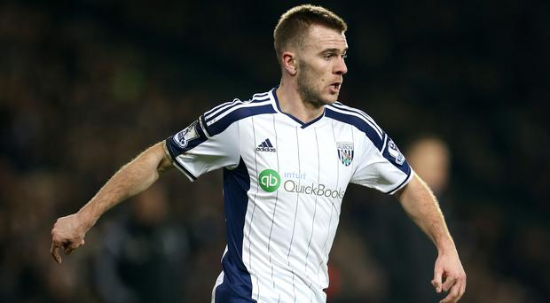 Tony Pulis thinks Callum McManaman tried to win a penalty with a dive