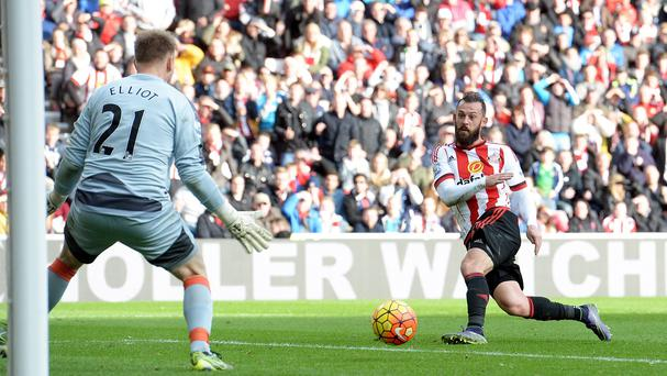 Sunderland striker Steven Fletcher, right, has been challenged to earn a new contract