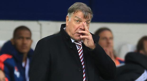 Sam Allardyce has set his Sunderland players the target of earning four points from their next five games
