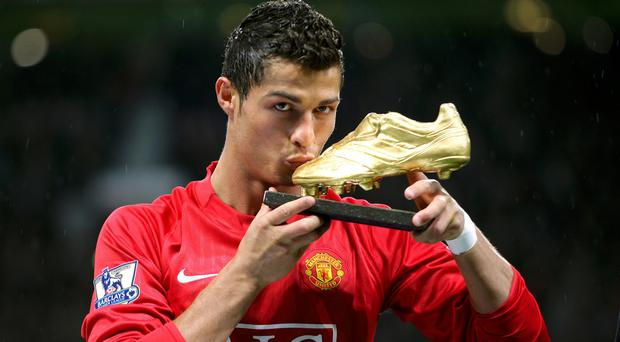 Louis van Gaal wants to bring Cristiano Ronaldo back to Manchester United