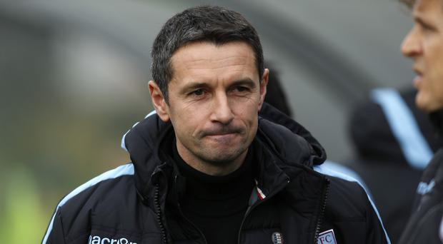 Aston Villa manager Remi Garde is trying to convince players to join the Barclays Premier League strugglers.