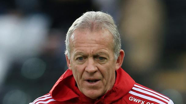 Swansea coach Alan Curtis believes Sunday's opponents Tottenham can win the Barclays Premier League
