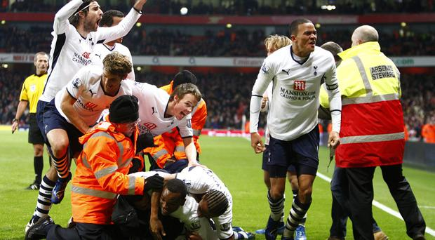 Aaron Lennon's late goal earned Tottenham a point in a 4-4 draw with Arsenal in 2008
