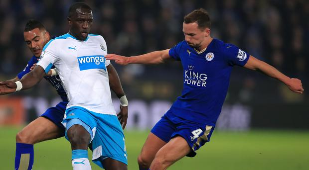 Newcastle's Moussa Sissoko, left, and Leicester's Daniel Drinkwater, right, battle for the ball during the Foxes' 1-0 win on Monday