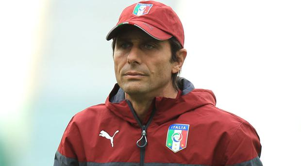 Antonio Conte has refused to be drawn on speculation linking him with Chelsea