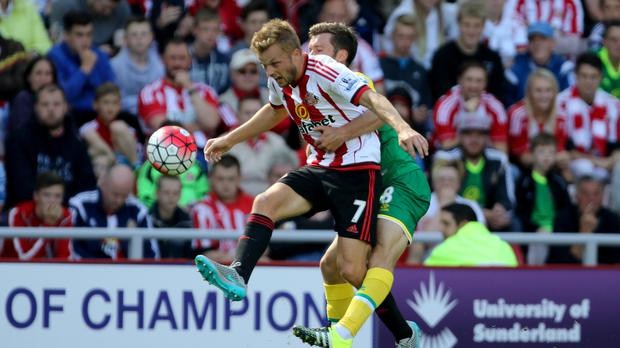 Relegation-battlers Sunderland and Norwich go head-to-head at Carrow Road in Saturday's early kick-off