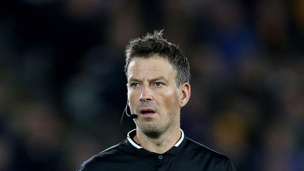 Referee Mark Clattenburg enjoyed an uneventful game as Leicester beat Swansea 4-0