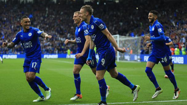 Jamie Vardy struck twice as Leicester swatted aside Everton