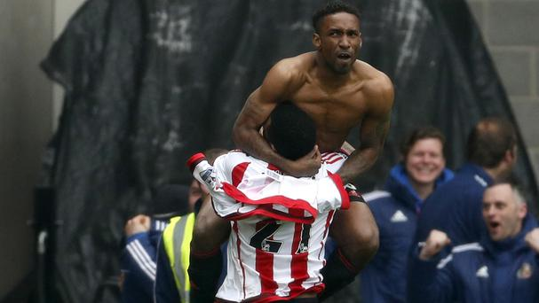 Sunderland's Jermain Defoe celebrates scoring his side's winner