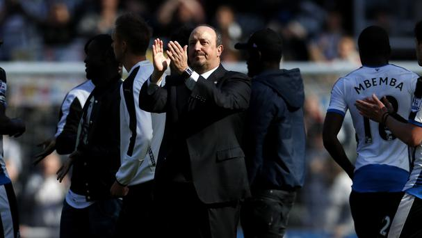 Rafael Benitez remains open to staying with Newcastle