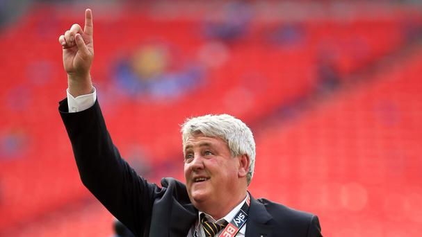 Steve Bruce wants Hull to model themselves on Swansea, West Brom and Bournemouth