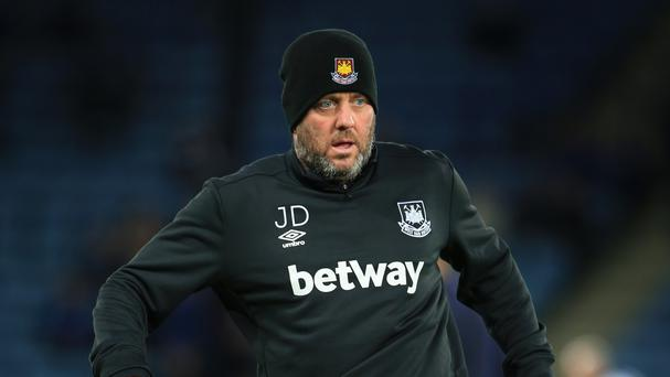 First-team coach Julian Dicks has signed a new contract at West Ham