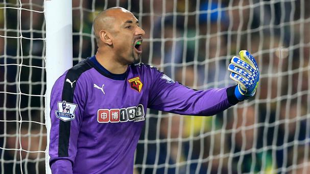Watford goalkeeper Heurelho Gomes has signed a new contract