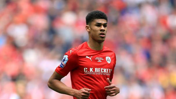 Ashley Fletcher, who played on loan at Barnsley last season, has joined West Ham from Manchester United