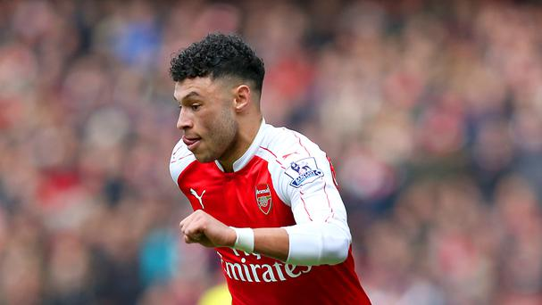 Arsenal's Alex Oxlade-Chamberlain was on target in a 1-1 friendly draw against Lens on Friday