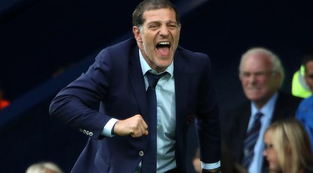 West Ham will postpone plans to give manager Slaven Bilic a new deal