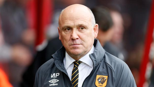 It was a dismal day on the south coast for Mike Phelan and Hull