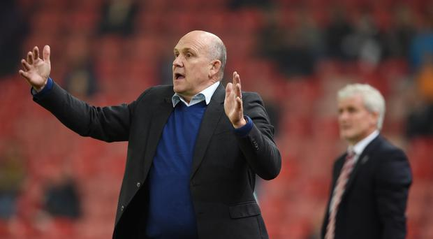 Mark Hughes thinks Mike Phelan is well equipped to cope as Hull manager