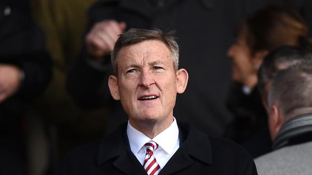 Sunderland chairman Ellis Short will not try to buy the club out of Premier League relegation trouble