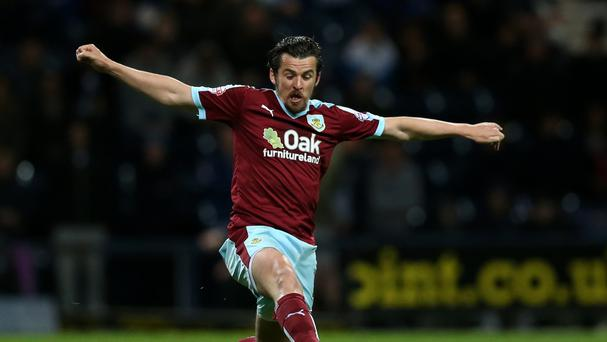 Burnley to re-sign Barton