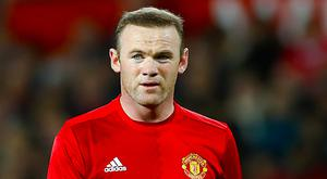 Wayne Rooney has issued a statement announcing he is staying with Manchester United.