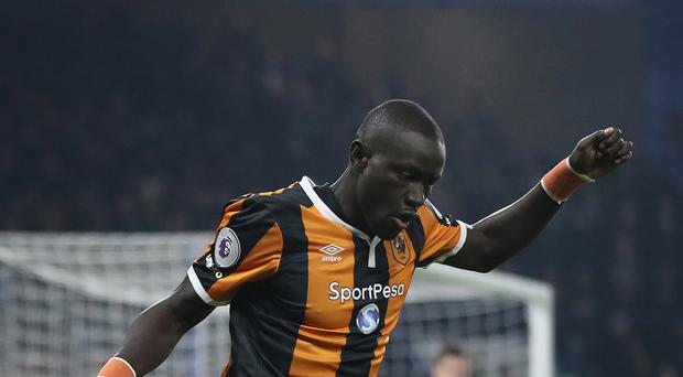Oumar Niasse will not feature against his parent club Everton