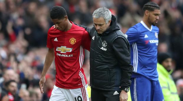 League leaders under pressure after losing to Manchester United