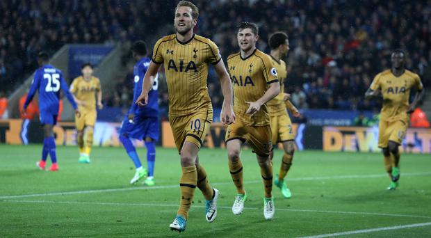 Tottenham striker Harry Kane scored four times as Spurs won 6-1 at Leicester