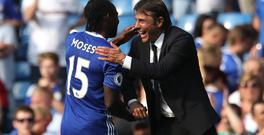 Victor Moses says Chelsea manager Antonio Conte, right, has given him confidence