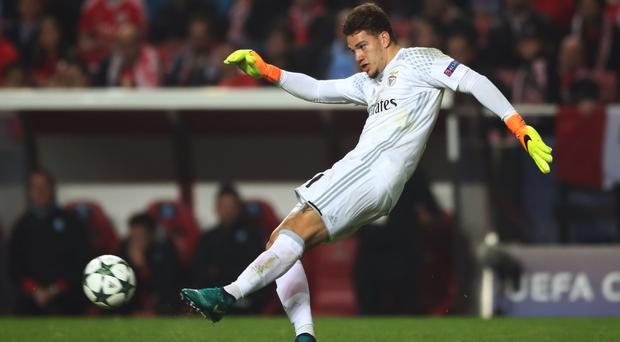 Benfica goalkeeper Ederson has completed his move to Manchester City.