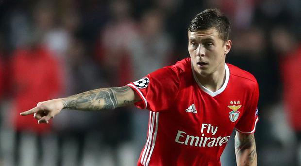 Manchester United reach agreement to sign Benfica defender Victor Lindelof