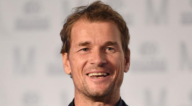 Jens Lehmann is to rejoin Arsenal as a first-team coach
