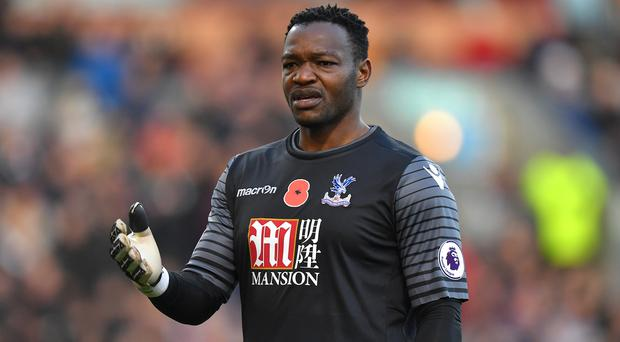 Goalkeeper Steve Mandanda has returned to former club Marseille from Crystal Palace