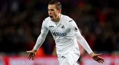Gylfi Sigurdsson has began training with the Swansea squad again amid interest from Everton