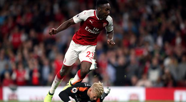 Danny Welbeck scored Arsenal's second goal as they beat Leicester 4-3 on Friday night