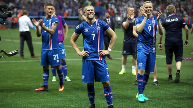 Iceland's Johann Berg Gudmundsson, centre, says he would happily take an England rematch at the World Cup