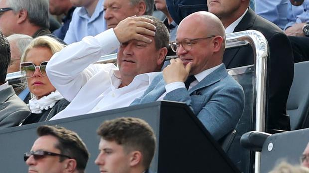 Newcastle owner Mike Ashley wants to sell the club by Christmas