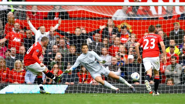 Wayne Rooney scored a hat-trick in the 8-2 win over Arsenal in 2011