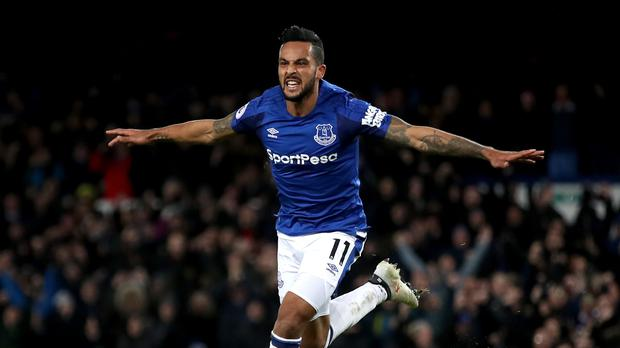 Theo Walcott can be a pivotal player for Everton, according to manager Sam Allardyce.