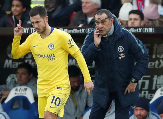 Ahead of Chelsea's Carabao Cup semi-final, second leg against Tottenham, the leadership qualities of Eden Hazard have been questioned by his own manager Maurizio Sarri – renewing speculation that the Belgian will leave this summer. Photo: Reuters