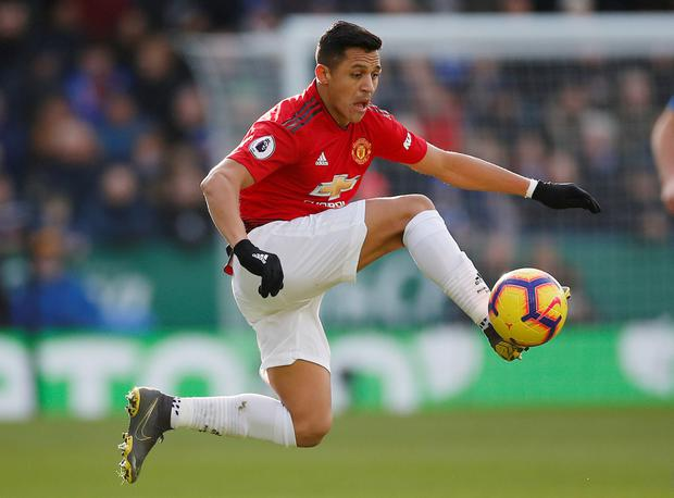 a5e15d658aa Struggling Sanchez remains Red Devils  odd man out - Independent.ie