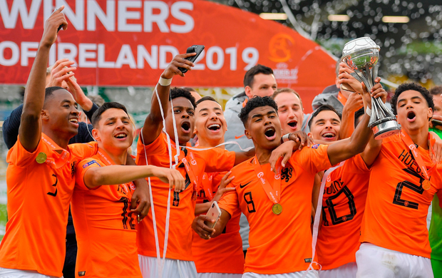 The Netherlands players celebrate after yesterday's European U17 final at Tallaght Stadium. Photo: Brendan Moran/Sportsfile
