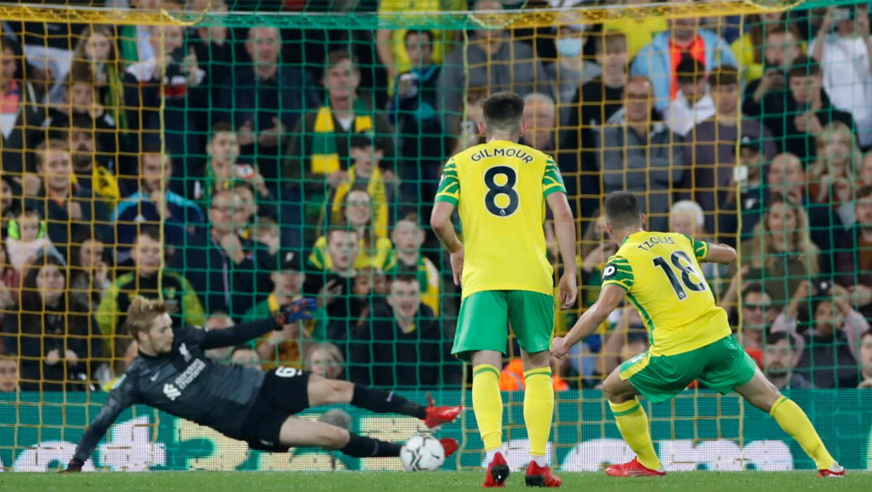 Caoimhín Kelleher saves penalty as Liverpool cruise to Carabao Cup win over Norwich - Independent.ie