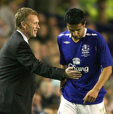 Tim Cahill, right, believes David Moyes, left, is perfect for Manchester United