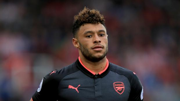 Arsenal's Alex Oxlade-Chamberlain is reportedly close to joining Chelsea